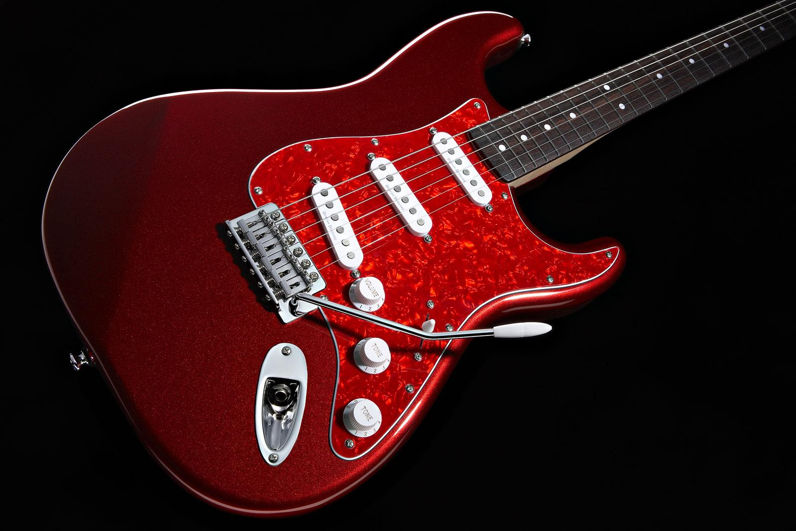 squier vintage modified stratocaster metallic red rosewood keymusic. Black Bedroom Furniture Sets. Home Design Ideas