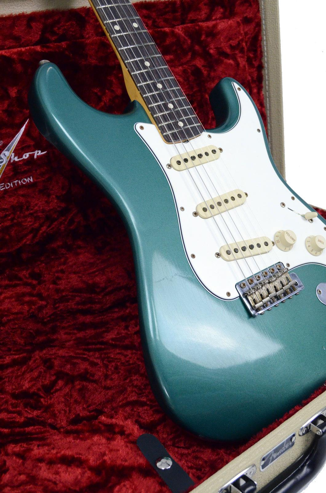 fender custom shop 60s duo tone stratocaster relic rw sherwood green keymusic. Black Bedroom Furniture Sets. Home Design Ideas