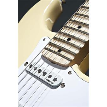 Fender Yngwie Malmsteen Stratocaster Vintage White MN electric guitars