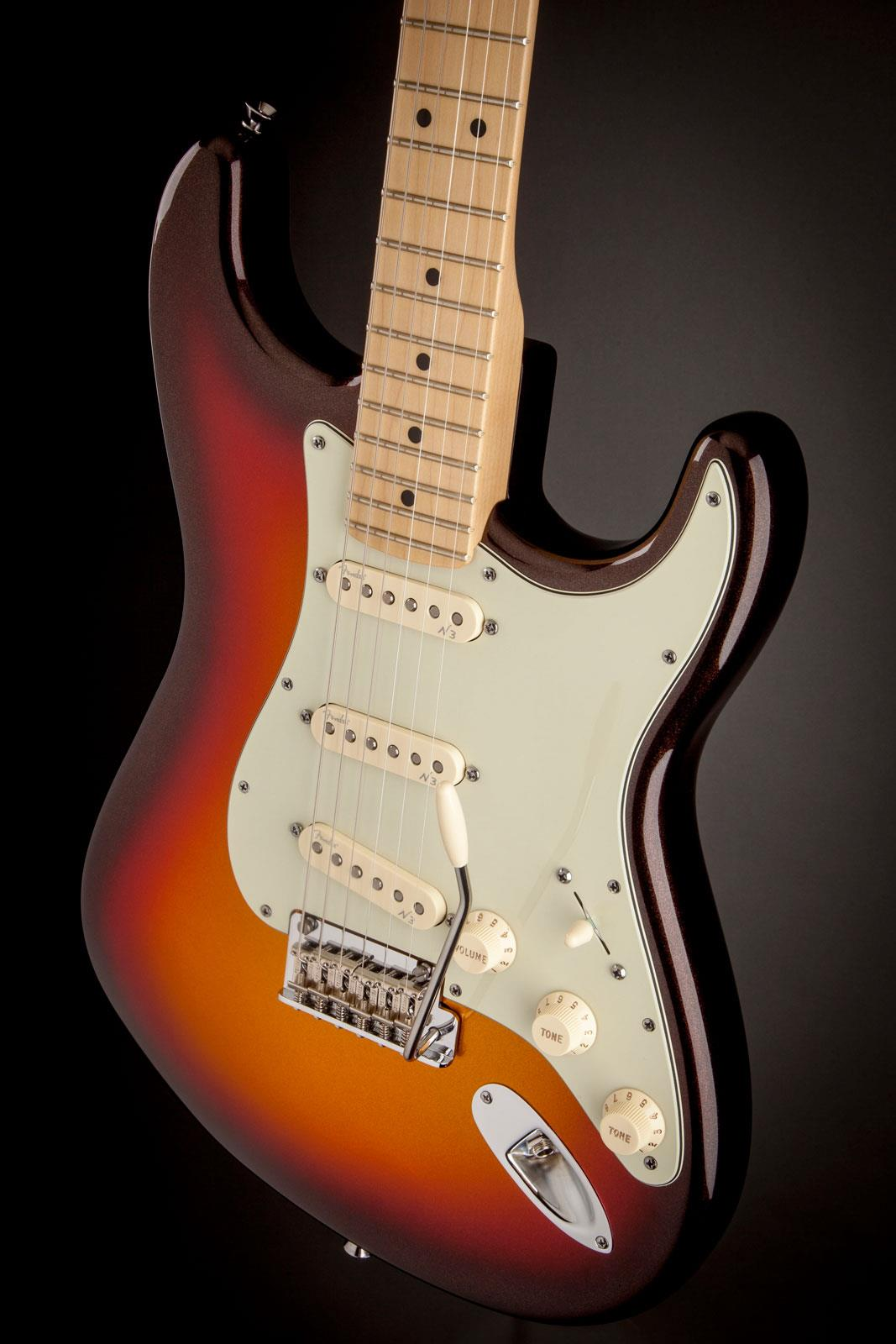 Fender American Deluxe Strat Plus Mn Mystic 3 Color
