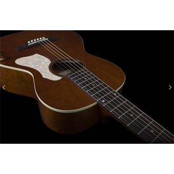 Art & Lutherie Roadhouse Havana Brown Q-Discrete guitare parlour/folk