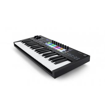Novation Launchkey 37 MKIII keyboard controller