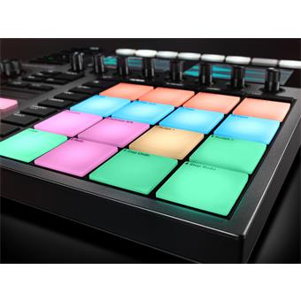 Native Instruments Maschine Plus studio controller