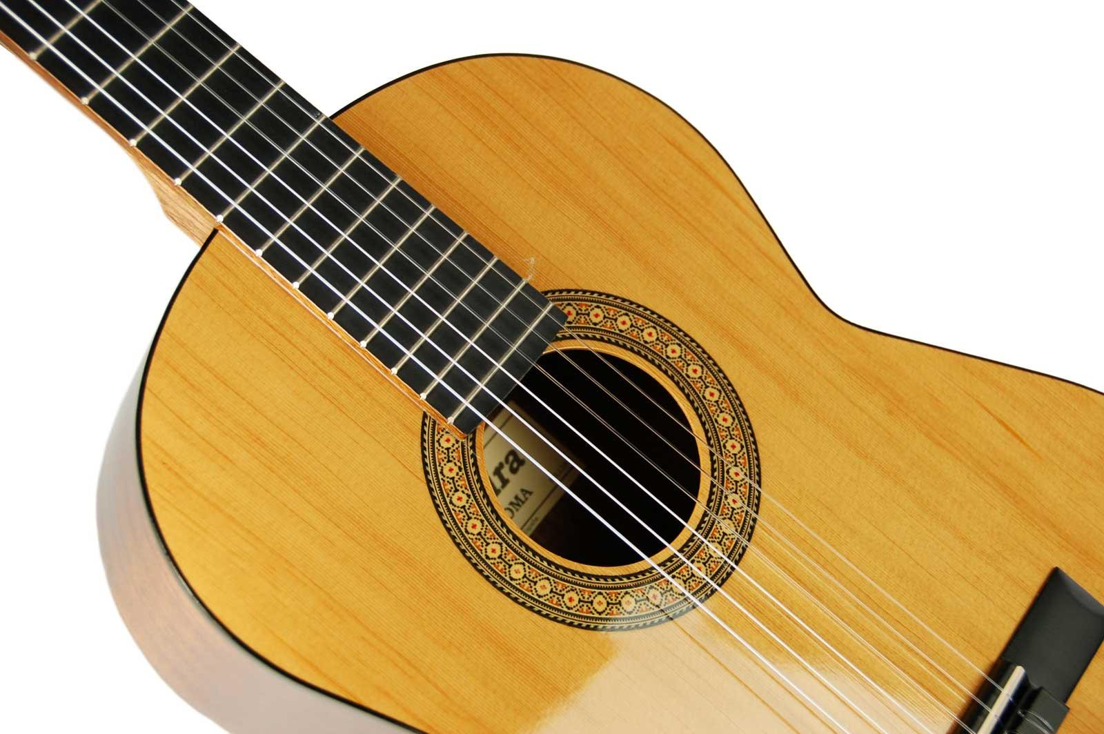 "Admira Classical Guitars – the definition of ""classic"""